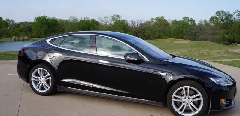 Vitres teintées Tesla